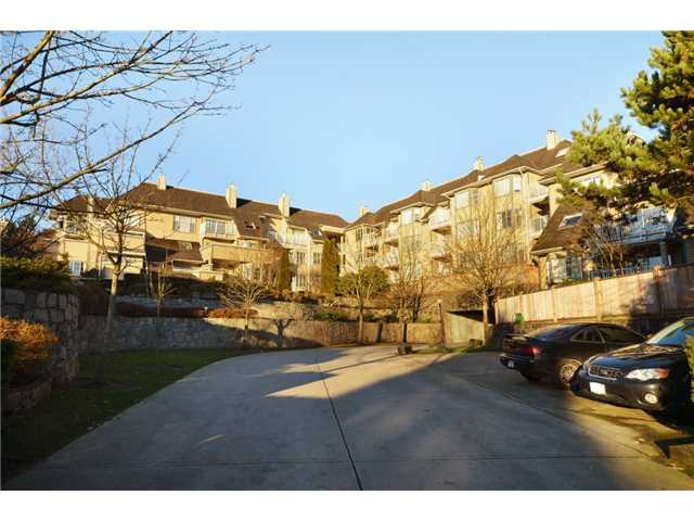 Main Photo: 606 1050 Bowron Court in North Vancouver: Roche Point Condo for sale : MLS® # V930143