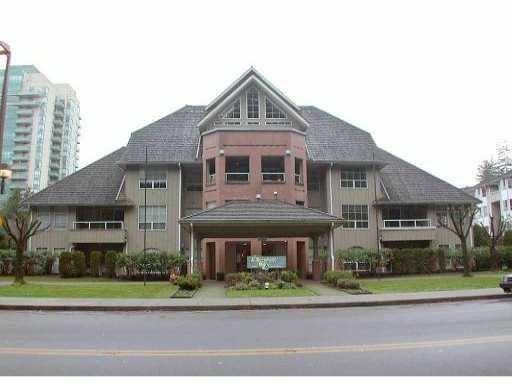 Main Photo: 205 1154 Westwood Street in Coquitlam: North Coquitlam Condo for sale : MLS®# V1002927