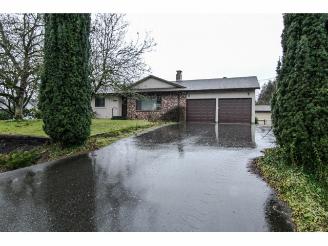 "Main Photo: 5823 246 Street in Langley: Salmon River House for sale in ""SALMON RIVER"" : MLS® # F1403580"