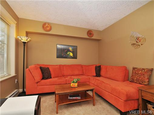 Photo 17: 108 2920 Phipps Road in VICTORIA: La Langford Proper Townhouse for sale (Langford)  : MLS(r) # 333970