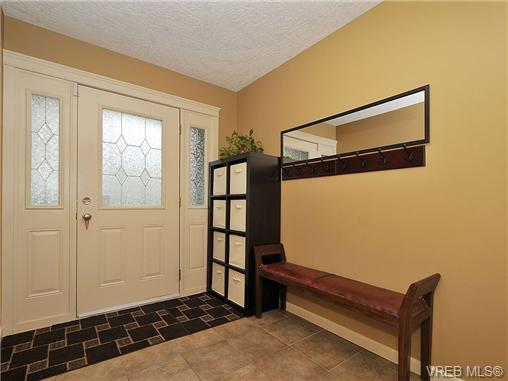 Photo 19: 108 2920 Phipps Road in VICTORIA: La Langford Proper Townhouse for sale (Langford)  : MLS(r) # 333970