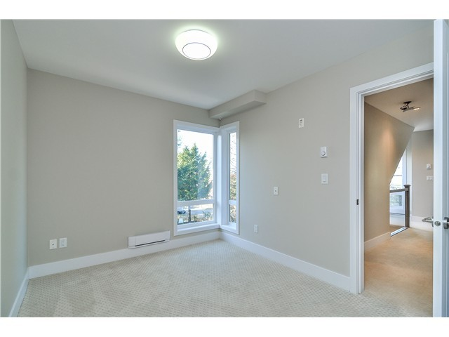 "Photo 12: 1806 E PENDER Street in Vancouver: Hastings Townhouse for sale in ""AZALEA HOMES"" (Vancouver East)  : MLS® # V1051665"