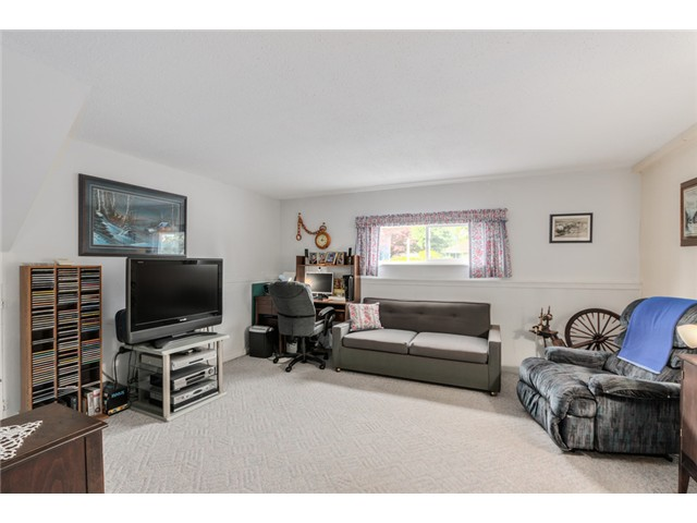 Photo 12: 38 MOUNT ROYAL Drive in Port Moody: College Park PM House for sale : MLS® # V1069976