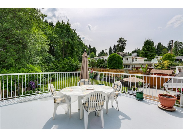 Photo 15: 38 MOUNT ROYAL Drive in Port Moody: College Park PM House for sale : MLS® # V1069976