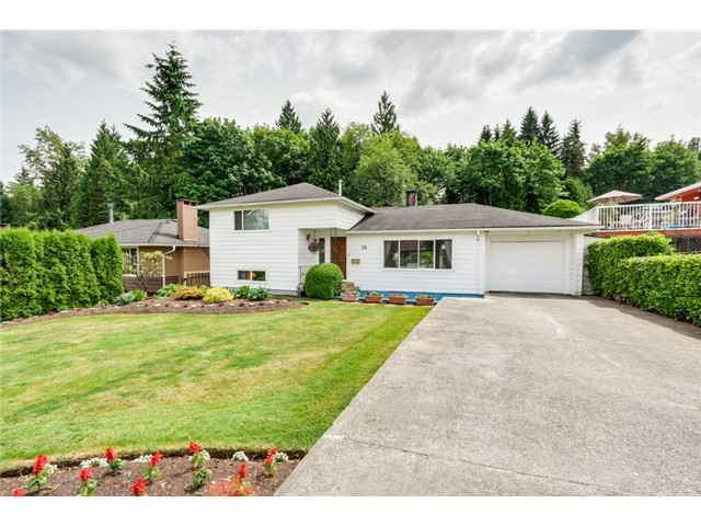 Photo 2: 38 MOUNT ROYAL Drive in Port Moody: College Park PM House for sale : MLS® # V1069976