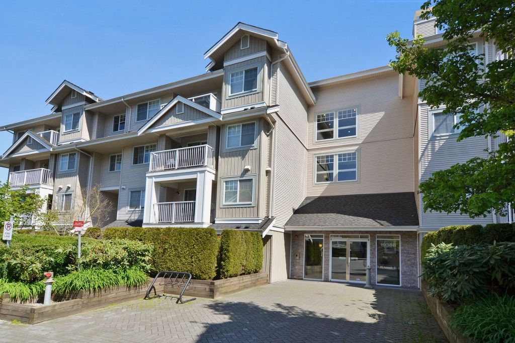 "Main Photo: 306 19388 65TH Avenue in Surrey: Clayton Condo for sale in ""LIBERTY"" (Cloverdale)  : MLS®# F1438754"