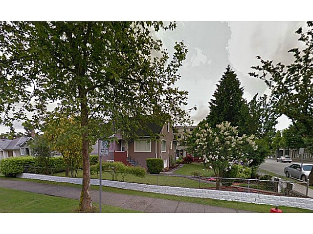 Main Photo: 1912 E 8TH Avenue in Vancouver: Grandview VE House for sale (Vancouver East)  : MLS(r) # V1119215