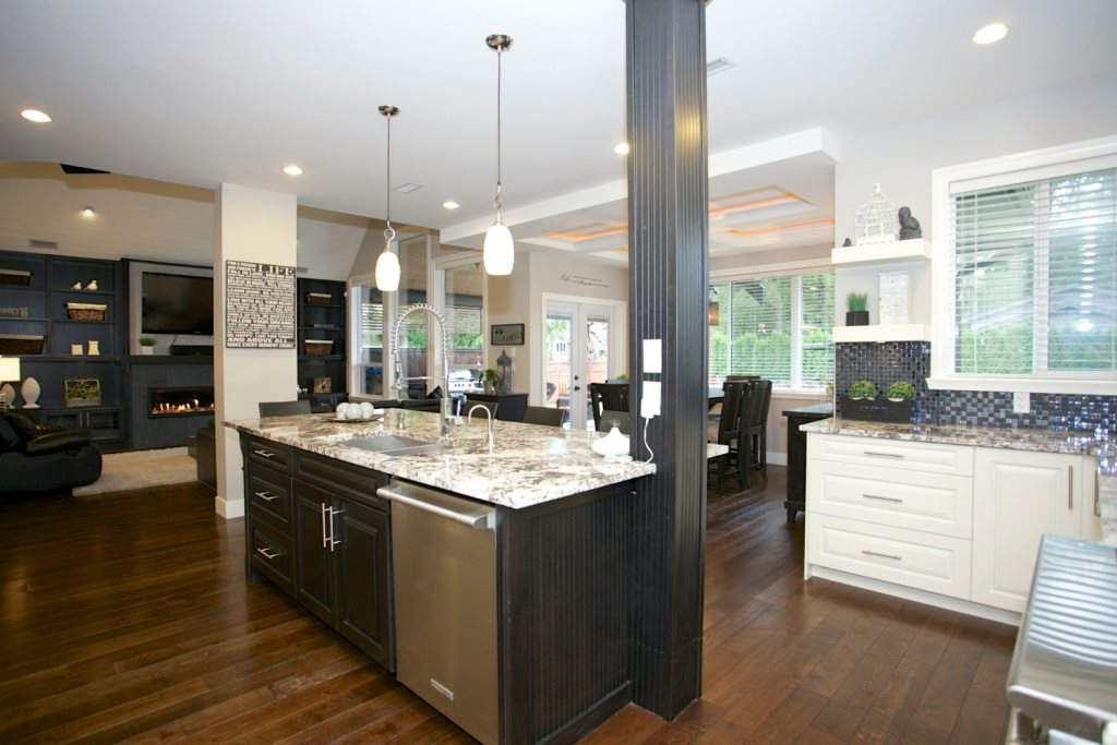 "Photo 7: 4537 SOUTHRIDGE Crescent in Langley: Murrayville House for sale in ""Murrayville - Southridge"" : MLS(r) # R2015764"