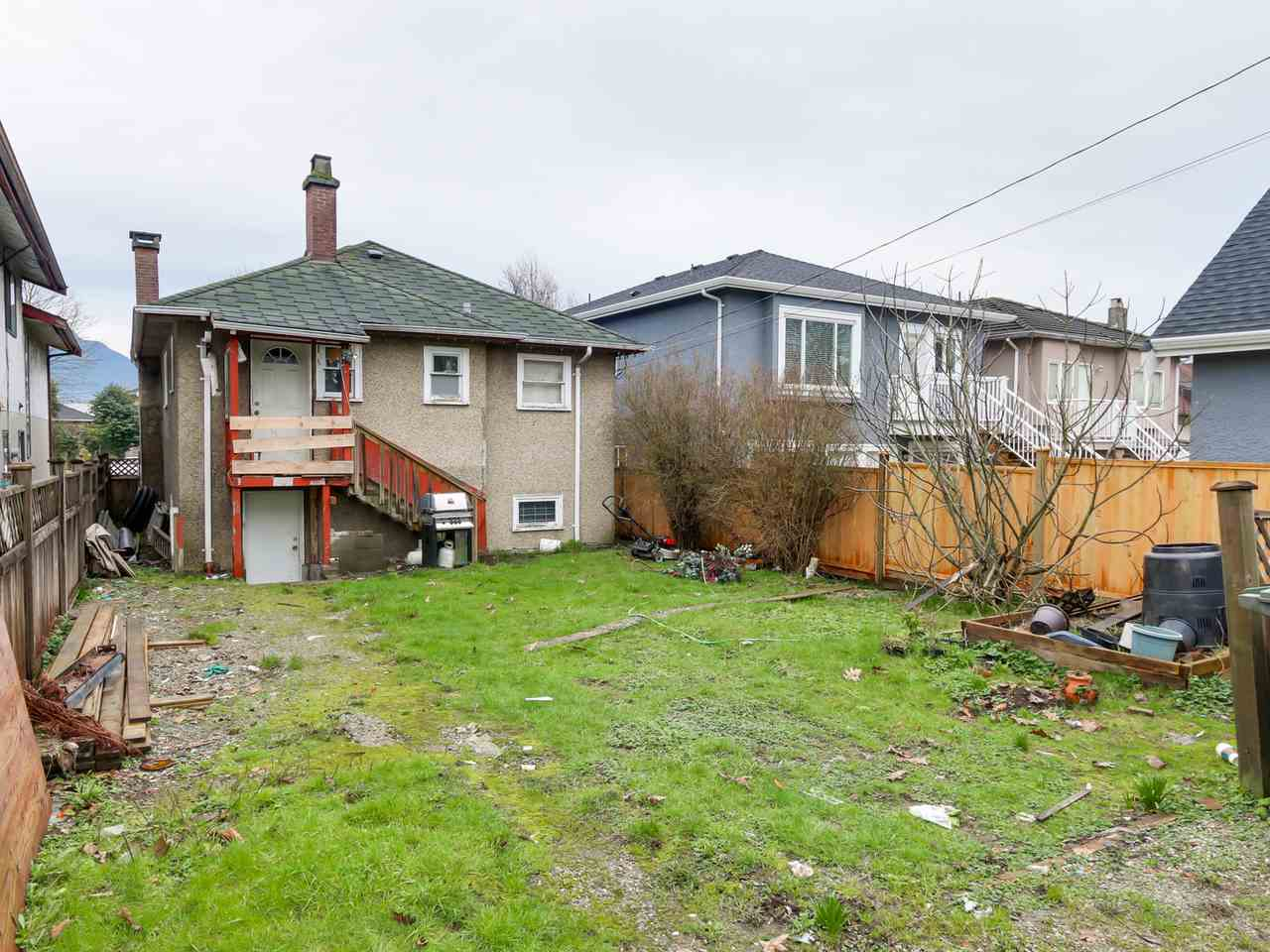 Photo 5: 2710 MCGILL Street in Vancouver: Hastings East House for sale (Vancouver East)  : MLS(r) # R2035003