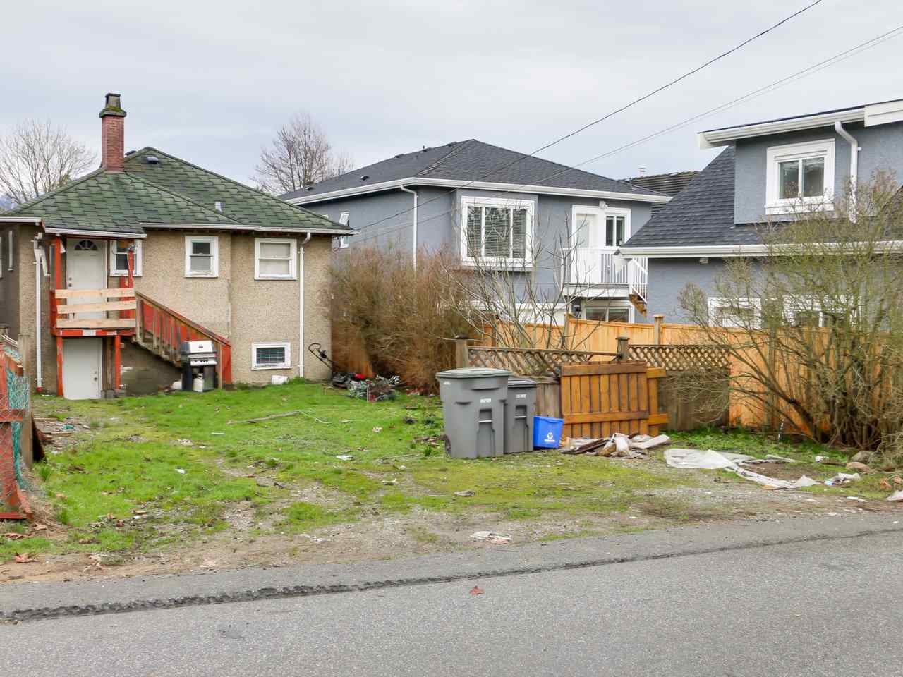 Photo 4: 2710 MCGILL Street in Vancouver: Hastings East House for sale (Vancouver East)  : MLS(r) # R2035003