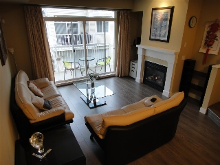 "Main Photo: 32 9079 JONES Road in Richmond: McLennan North Townhouse for sale in ""PAVILIONS"" : MLS® # R2043591"