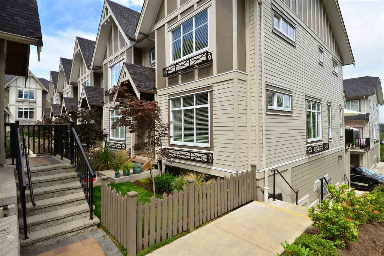 "Main Photo: 30 6588 195A Street in Surrey: Clayton Townhouse for sale in ""ZEN"" (Cloverdale)  : MLS®# R2095817"