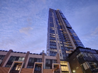 "Main Photo: 5706 6461 TELFORD Avenue in Burnaby: Metrotown Condo for sale in ""METROPLACE"" (Burnaby South)  : MLS(r) # R2118024"