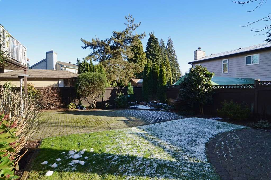 "Photo 20: 1056 LOMBARDY Drive in Port Coquitlam: Lincoln Park PQ House for sale in ""LINCOLN PARK"" : MLS® # R2126810"