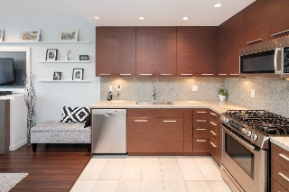 "Main Photo: 307 2528 MAPLE Street in Vancouver: Kitsilano Condo for sale in ""THE PULSE BY BASTION-KITSILANO"" (Vancouver West)  : MLS(r) # R2141422"