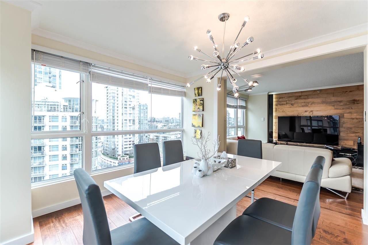 Photo 4: 1306 283 DAVIE Street in Vancouver: Yaletown Condo for sale (Vancouver West)  : MLS® # R2142079