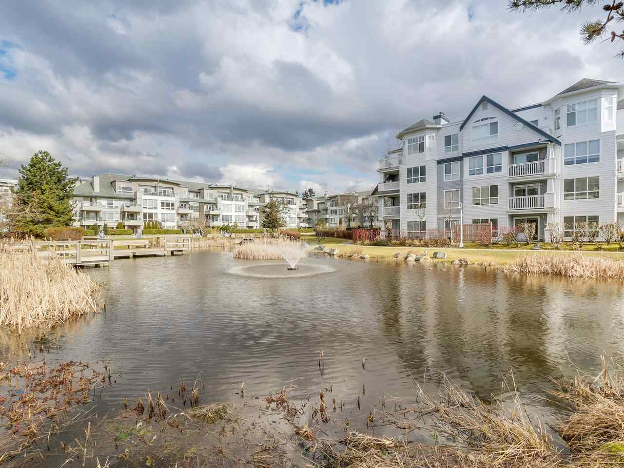 "Main Photo: 128 5800 ANDREWS Road in Richmond: Steveston South Condo for sale in ""THE VILLAS"" : MLS® # R2142147"
