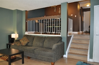 Main Photo: 6069 35A Avenue in Edmonton: Zone 29 Townhouse for sale : MLS(r) # E4054310