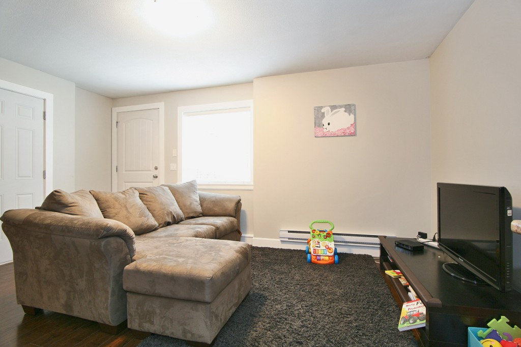 "Photo 17: 6812 195A Street in Surrey: Clayton House for sale in ""CLAYTON HEIGHTS"" (Cloverdale)  : MLS® # R2159629"