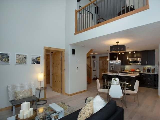 Photo 3: 304 2100A Stewart Creek Drive: Canmore Condo for sale : MLS(r) # C4113209