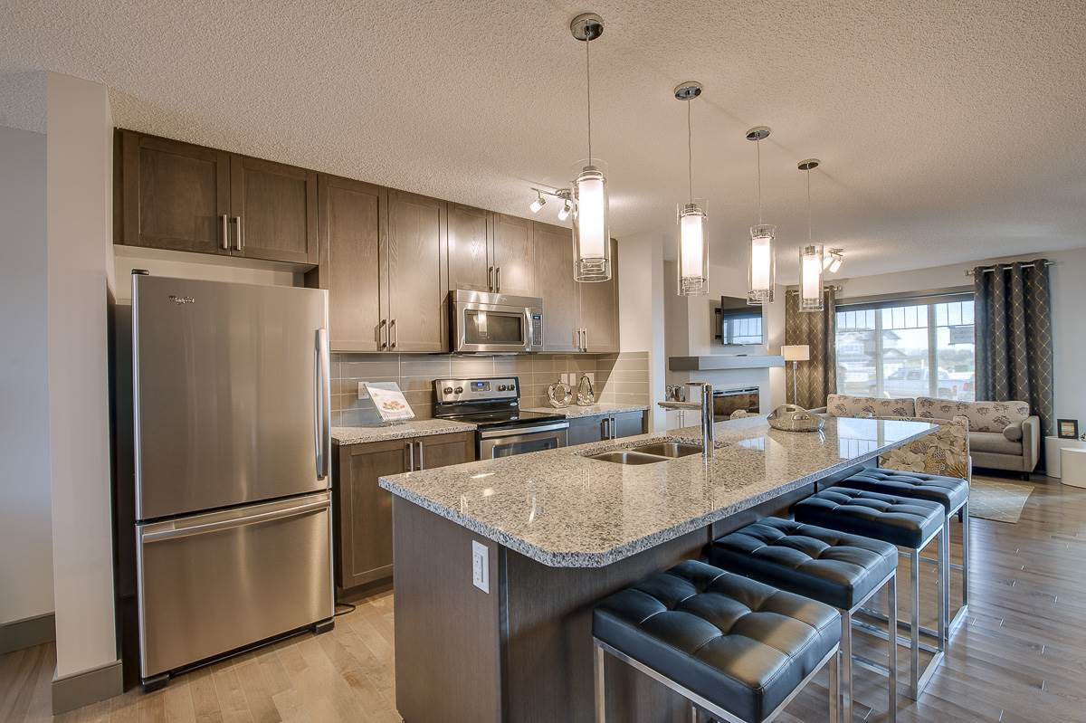Main Photo: 3351 Orchards Link in Edmonton: Zone 53 House for sale : MLS(r) # E4064894