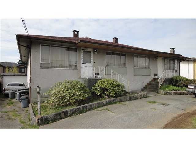 "Main Photo: 5349 CHESHAM Avenue in Burnaby: Central Park BS House Duplex for sale in ""CENTRAL PARK"" (Burnaby South)  : MLS(r) # R2182400"