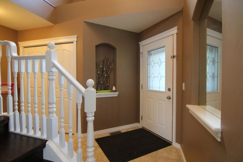 Photo 3: 117 NAPLES Way: St. Albert House for sale : MLS(r) # E4072094