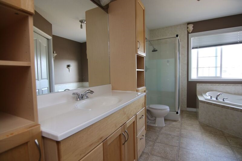 Photo 15: 117 NAPLES Way: St. Albert House for sale : MLS(r) # E4072094