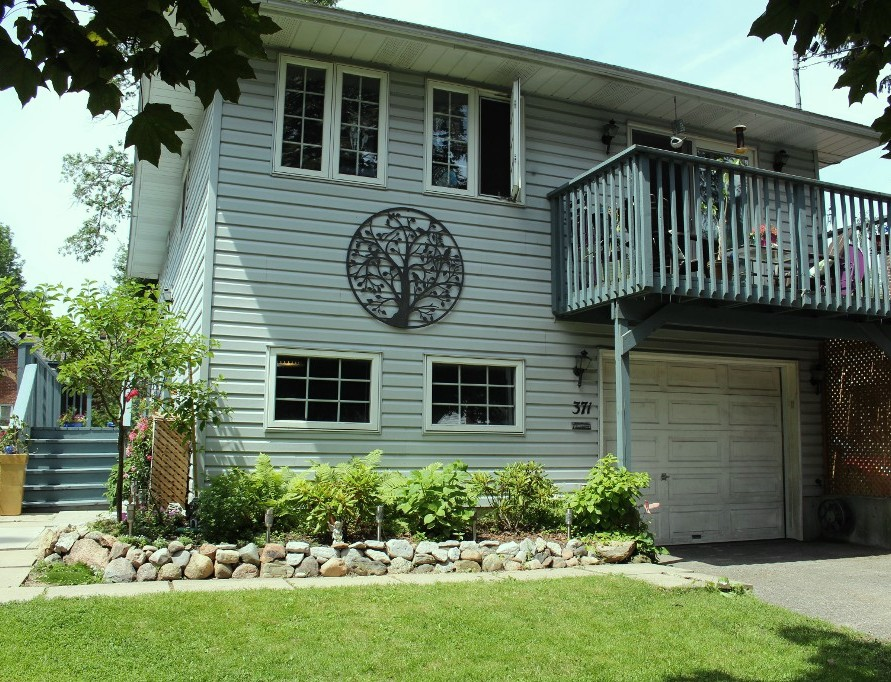 Main Photo: 371 Henry Street in Cobourg: Residential Detached for sale : MLS® # 510990357