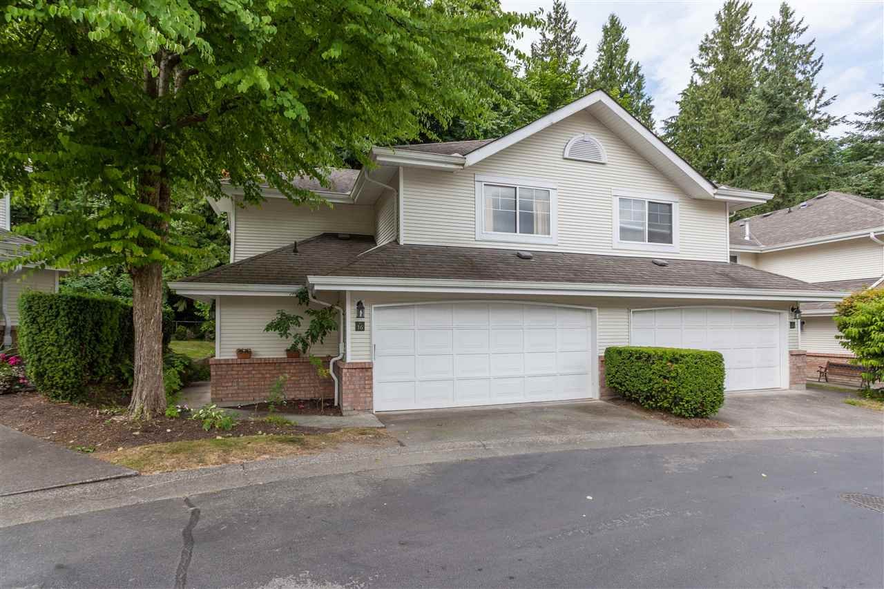 "Main Photo: 16 8675 WALNUT GROVE Drive in Langley: Walnut Grove Townhouse for sale in ""CEDAR CREEK"" : MLS(r) # R2187170"
