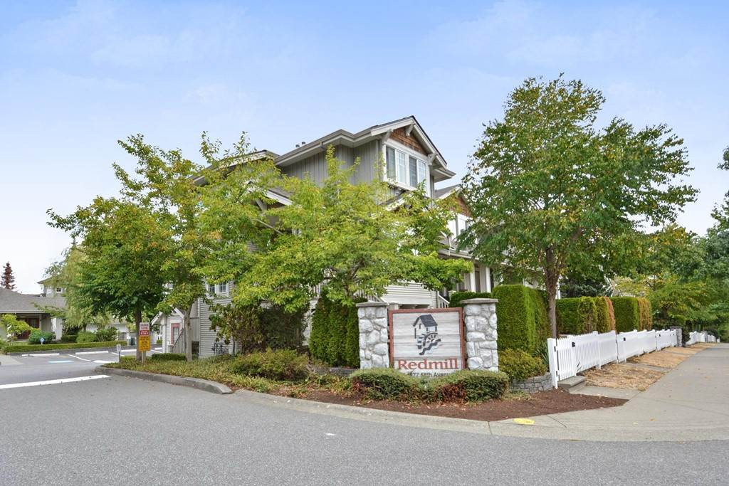 "Photo 18: 70 14877 58 Avenue in Surrey: Sullivan Station Townhouse for sale in ""REDMILL"" : MLS® # R2201241"