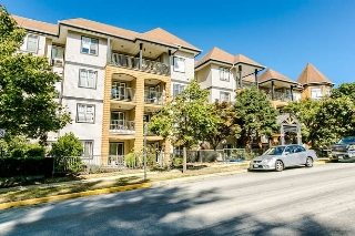 "Main Photo: 209 12207 224 Street in Maple Ridge: West Central Condo for sale in ""THE EVERGREEN"" : MLS® # R2206636"