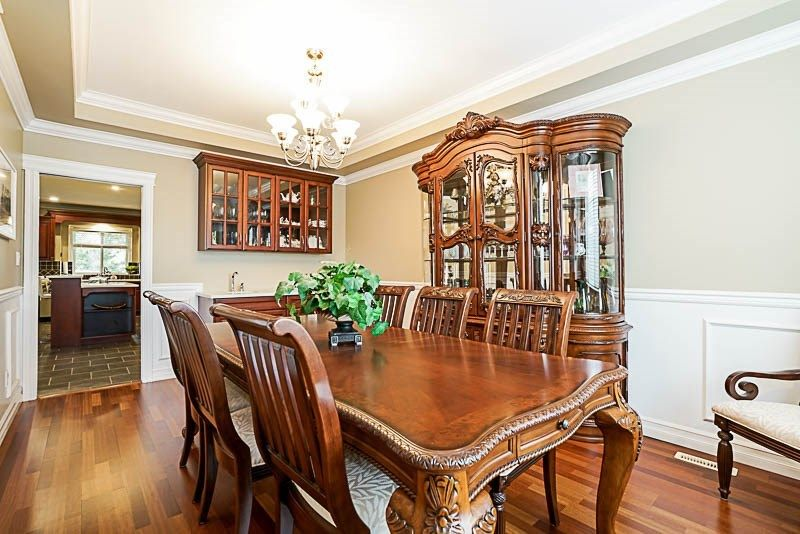 Photo 3: Photos: 17119 GREENWAY Drive in Surrey: Fleetwood Tynehead House for sale : MLS® # R2230039