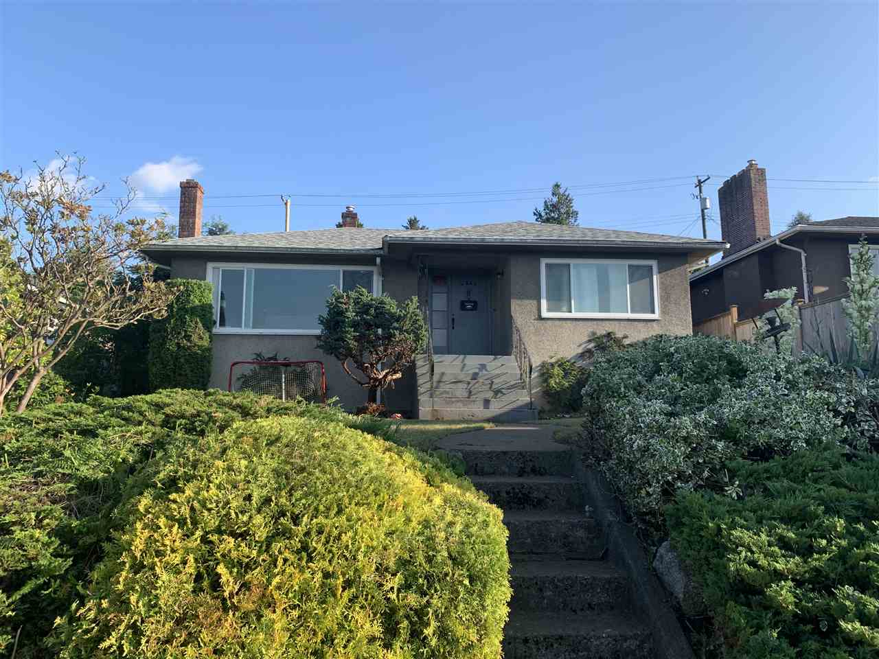 FEATURED LISTING: 4042 YALE Street Burnaby