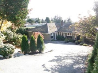 Main Photo: 1360 Palmerston Avenue in West Vancouver: Ambleside House for sale : MLS®# V919932