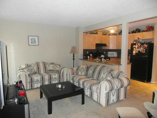 Photo 3: 370 PANATELLA Boulevard NW in CALGARY: Panorama Hills Townhouse for sale (Calgary)  : MLS(r) # C3591208