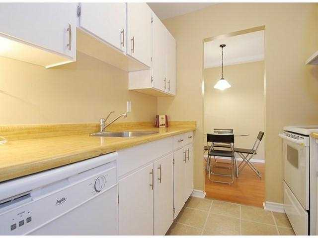 "Photo 2: 107 8870 CITATION Drive in Richmond: Brighouse Condo for sale in ""CARTWELL MEWS"" : MLS® # V1036917"