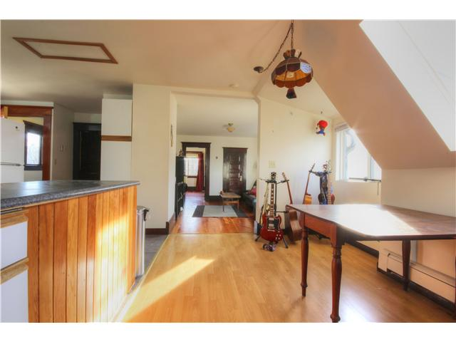Photo 12: 2637 E PENDER Street in Vancouver: Renfrew VE House for sale (Vancouver East)  : MLS(r) # V1037356