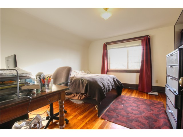 Photo 14: 2637 E PENDER Street in Vancouver: Renfrew VE House for sale (Vancouver East)  : MLS(r) # V1037356