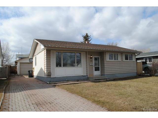 Main Photo: 82 Deloraine Drive in WINNIPEG: Westwood / Crestview Residential for sale (West Winnipeg)  : MLS® # 1502960