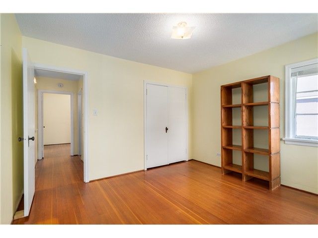 "Photo 8: 2714 E 3RD Avenue in Vancouver: Renfrew VE House for sale in ""RENFREW"" (Vancouver East)  : MLS® # V1127562"