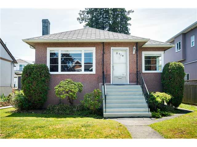 "Main Photo: 2714 E 3RD Avenue in Vancouver: Renfrew VE House for sale in ""RENFREW"" (Vancouver East)  : MLS® # V1127562"
