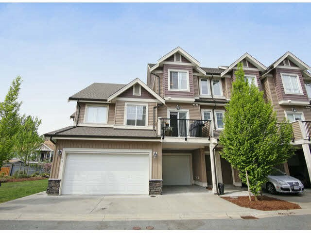 Main Photo: 9 32792 LIGHTBODY Court in Mission: Mission BC Townhouse for sale : MLS®# R2022758