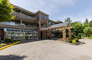 "Main Photo: 216 2239 152 Street in Surrey: Sunnyside Park Surrey Condo for sale in ""Semiahmoo Estates"" (South Surrey White Rock)  : MLS® # R2033570"