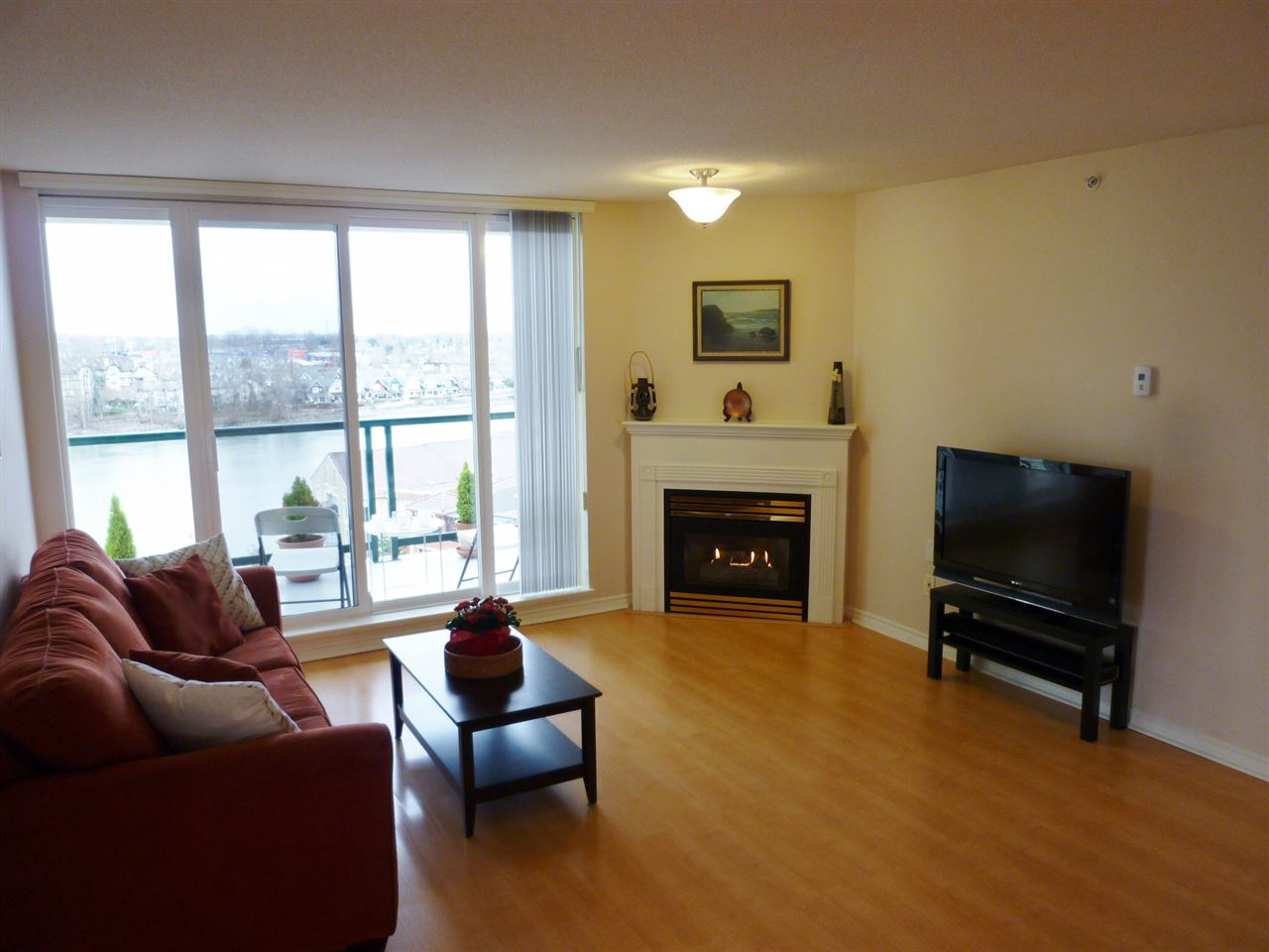 "Photo 6: 1001 10 LAGUNA Court in New Westminster: Quay Condo for sale in ""LAGUNA LANDING"" : MLS(r) # R2037865"