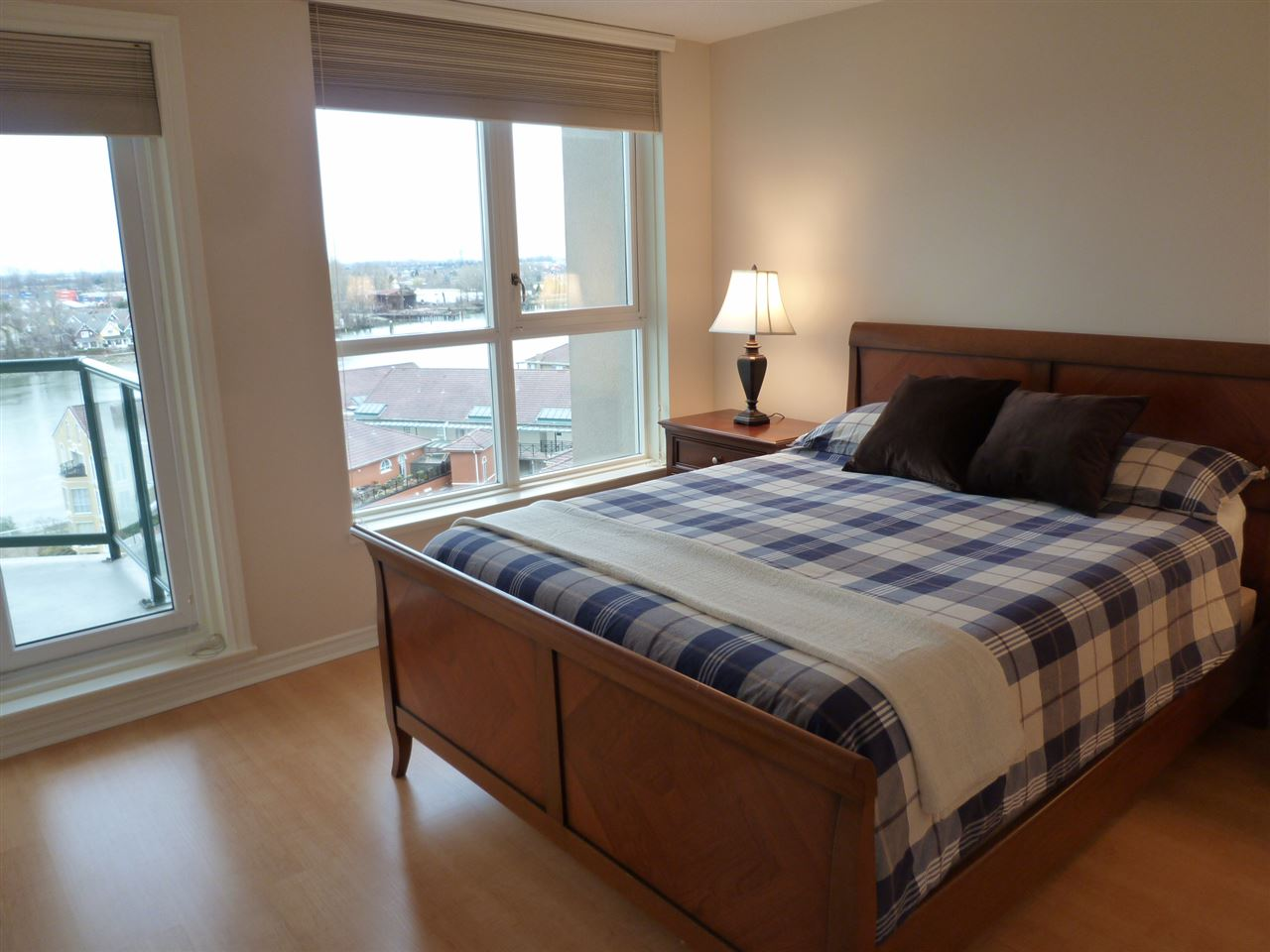 "Photo 8: 1001 10 LAGUNA Court in New Westminster: Quay Condo for sale in ""LAGUNA LANDING"" : MLS(r) # R2037865"