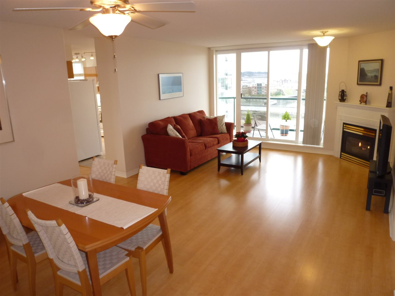"Photo 7: 1001 10 LAGUNA Court in New Westminster: Quay Condo for sale in ""LAGUNA LANDING"" : MLS(r) # R2037865"