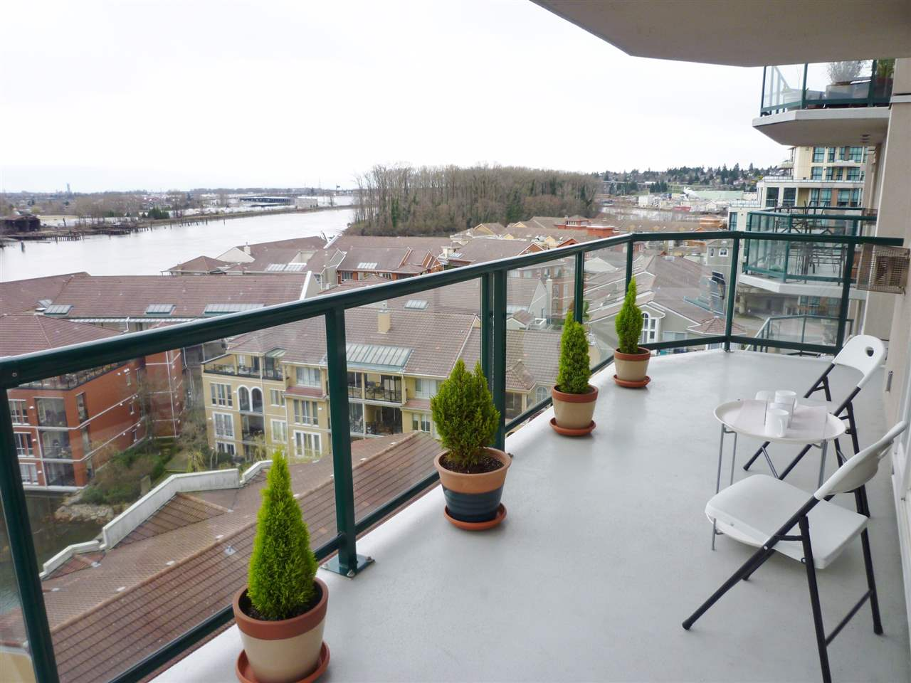 "Photo 13: 1001 10 LAGUNA Court in New Westminster: Quay Condo for sale in ""LAGUNA LANDING"" : MLS(r) # R2037865"