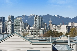 Main Photo: 306 638 W 7TH Avenue in Vancouver: Fairview VW Condo for sale (Vancouver West)  : MLS® # R2052182