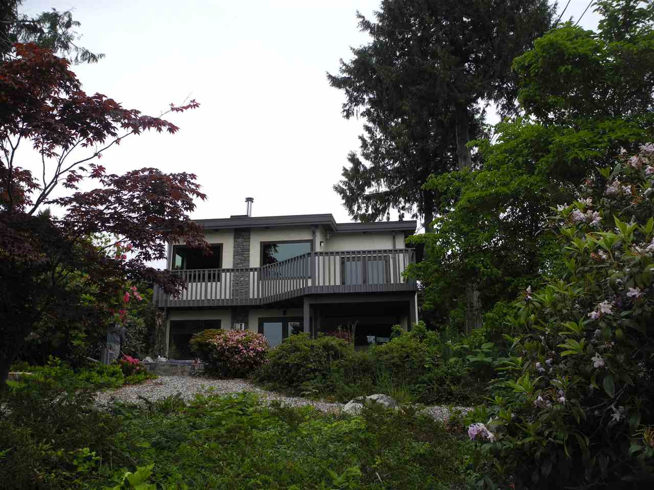 "Main Photo: 4780 FIR Road in Sechelt: Sechelt District House for sale in ""DAVIS BAY"" (Sunshine Coast)  : MLS® # R2070923"